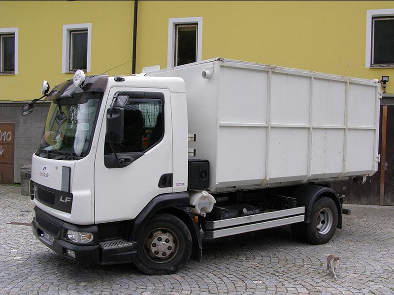 Pronájem a odvoz kontejnerů